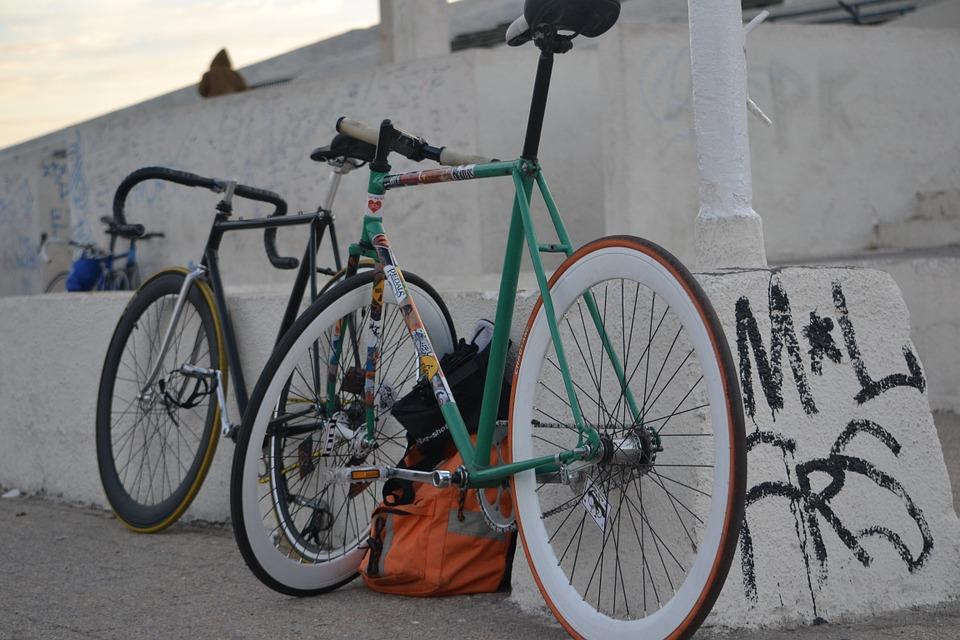 Une randonnée à un vélo qui nous ressemble